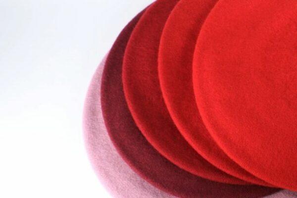dámske baretky červené